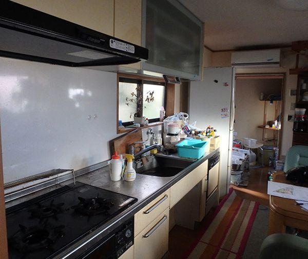 戸建てリフォーム前キッチン