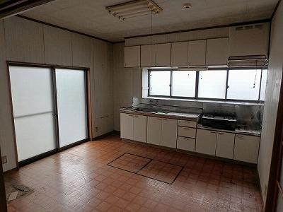 ■長野市U様邸 リフォーム。リビング、キッチン等施工前
